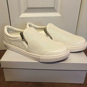 Ellias Steve Madden Sneaker (brand new never worn)